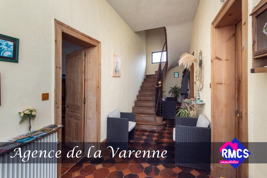 Maison de maître  6 pièce(s) 157 m²