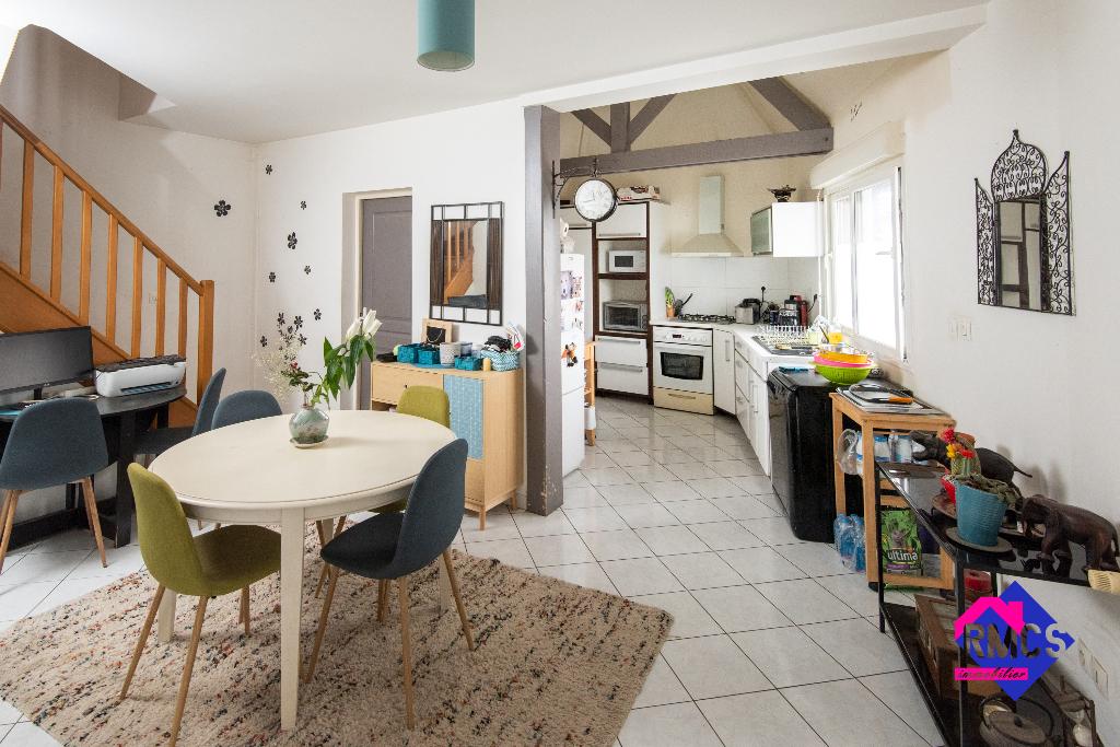 Maison Quincampoix 5 pièce(s) 95 m2