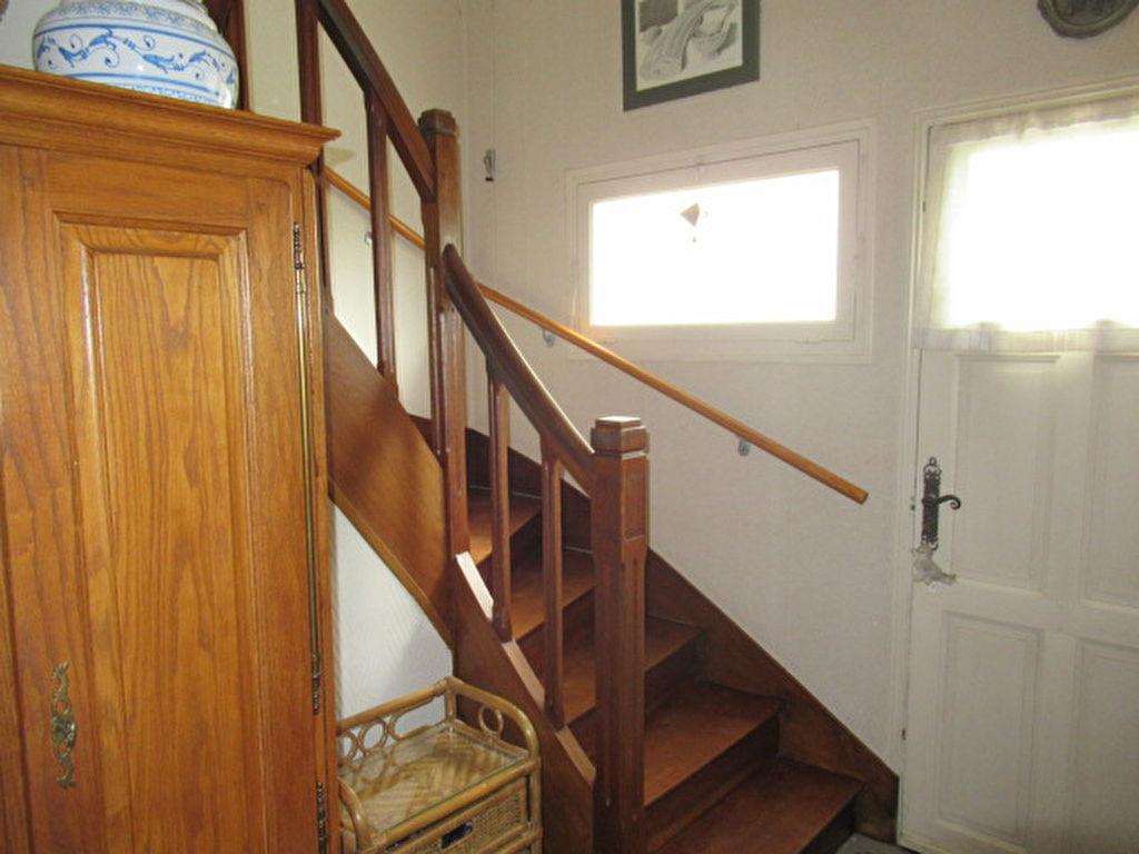 Sale house / villa Angers 210000€ - Picture 5