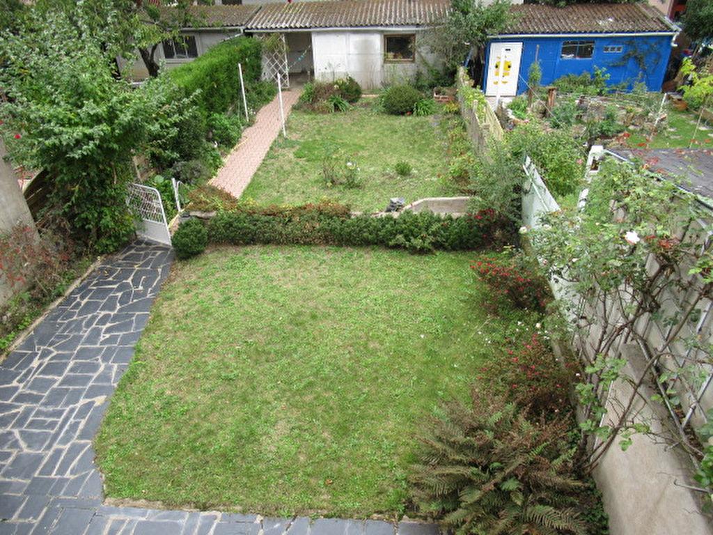 Sale house / villa Angers 210000€ - Picture 8