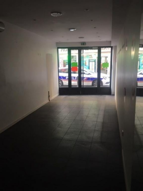 Vente local commercial St germain en laye 850000€ - Photo 3