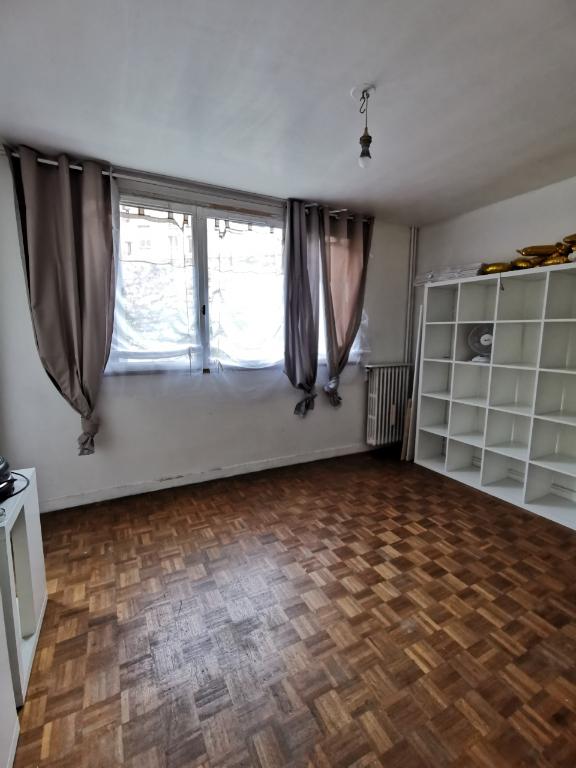 Rental apartment Paris 13ème 810€ CC - Picture 1