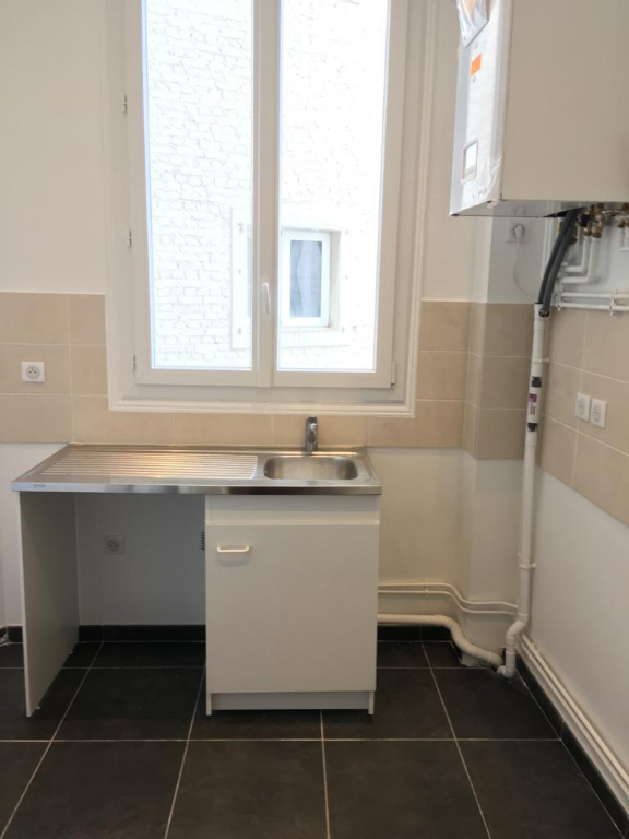 Location appartement Paris 17ème 2 304,04€ CC - Photo 6