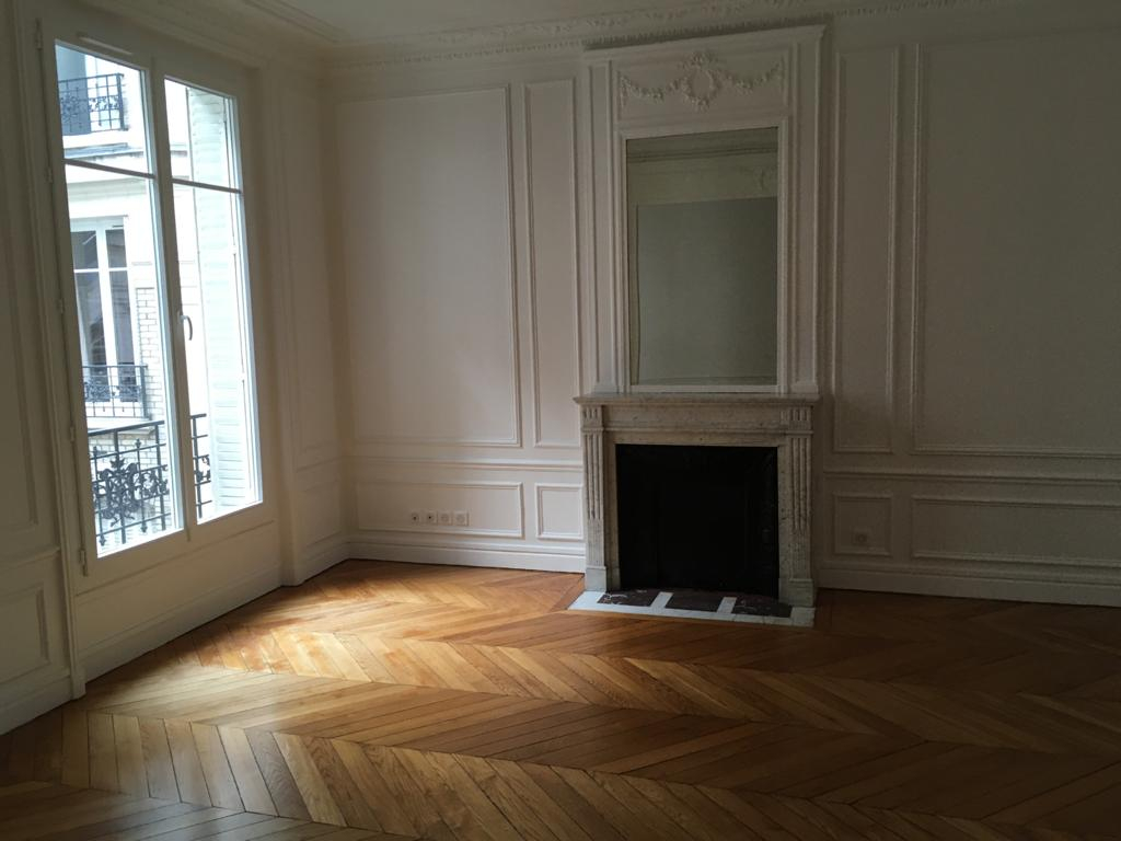 Location appartement Paris 17ème 2 304,04€ CC - Photo 7