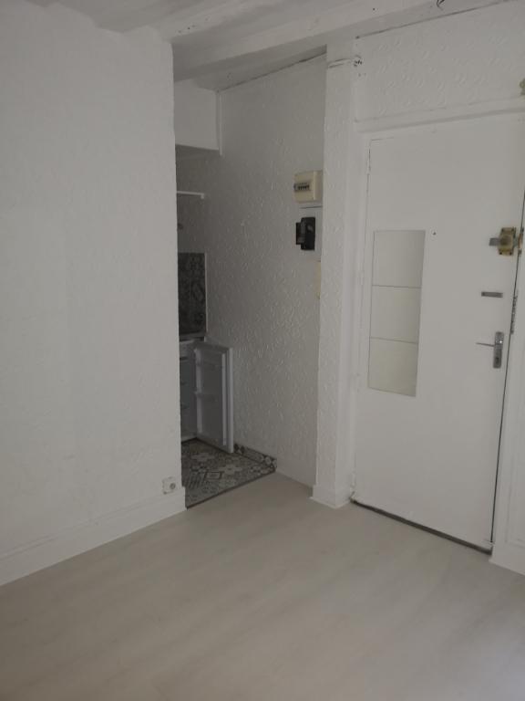 STUDIO PARIS 06 - 1 pièce(s) - 15.04 m2