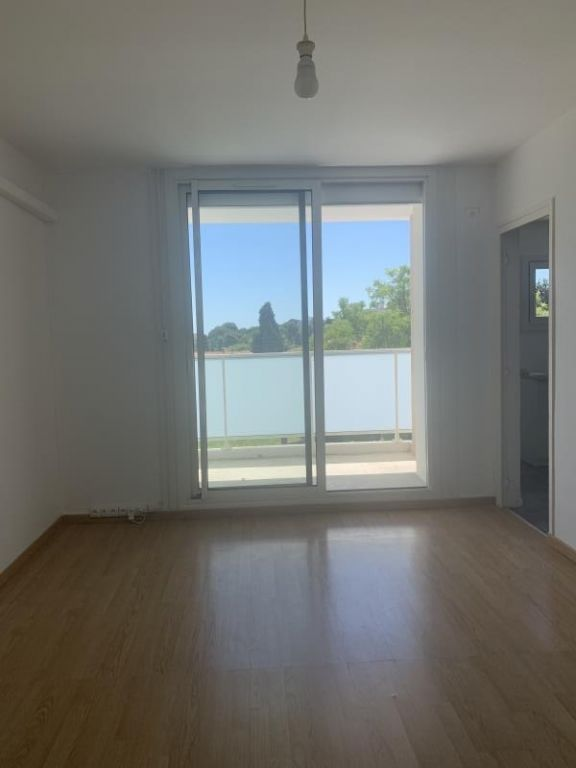 Sale apartment Montpellier 114 000€ - Picture 1