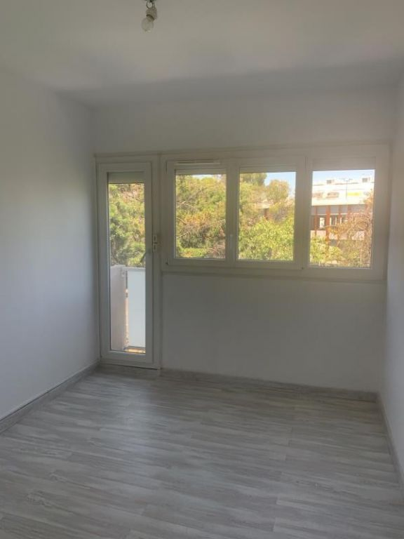 Sale apartment Montpellier 114 000€ - Picture 3