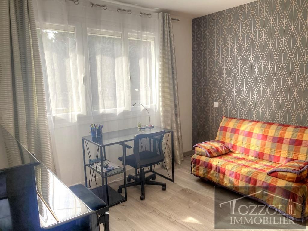 Vente maison / villa Bourgoin jallieu 317000€ - Photo 5