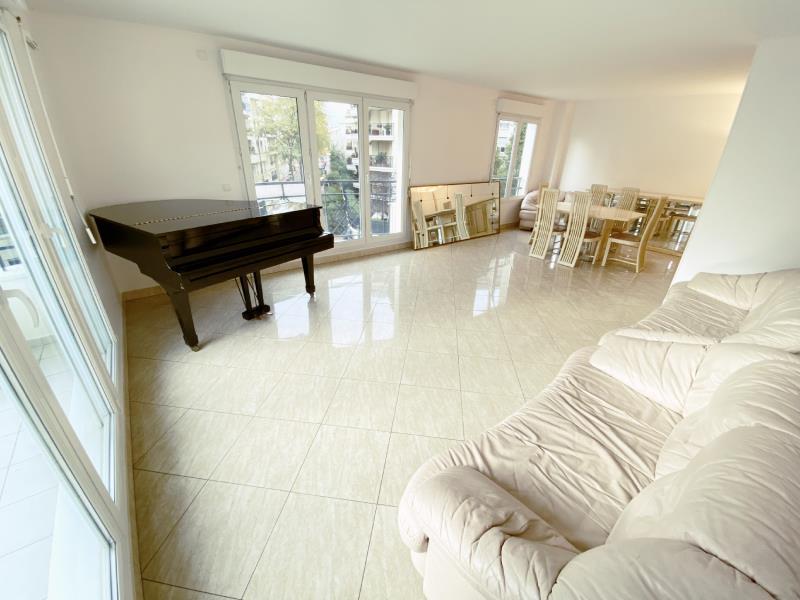 Sale apartment Charenton le pont 850000€ - Picture 2