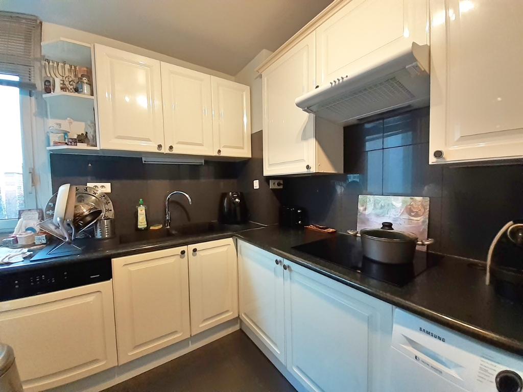 Sale apartment Paris 19ème 650000€ - Picture 4