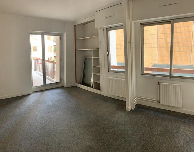 Rental apartment Paris 11ème 2500€ CC - Picture 3