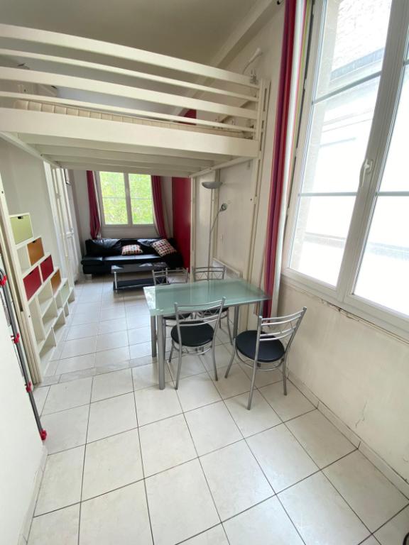 Location appartement Paris 5ème 890€ CC - Photo 2