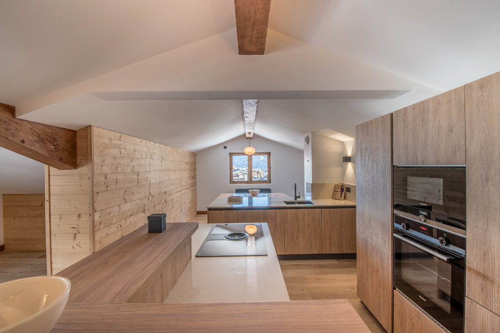 4 room apartment in the heart of Courchevel Moriond Chalet in Courchevel