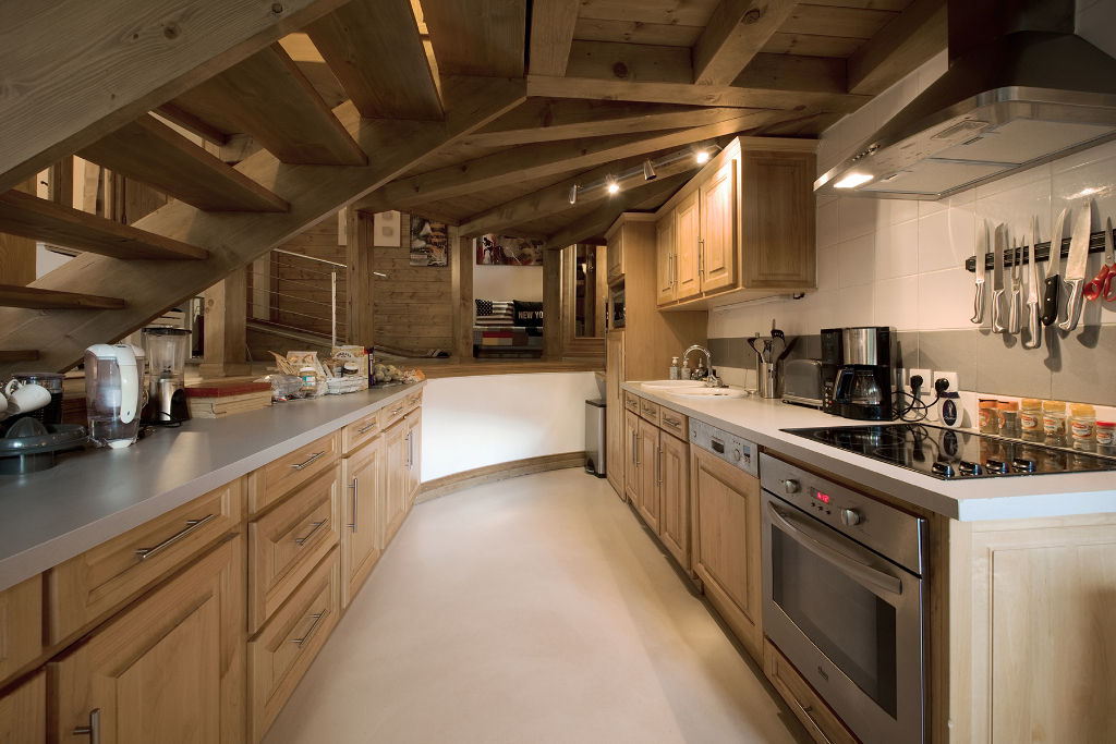 COURCHEVEL MORIOND - SPACIOUS 3 BEDROOM LOFT Chalet in Courchevel