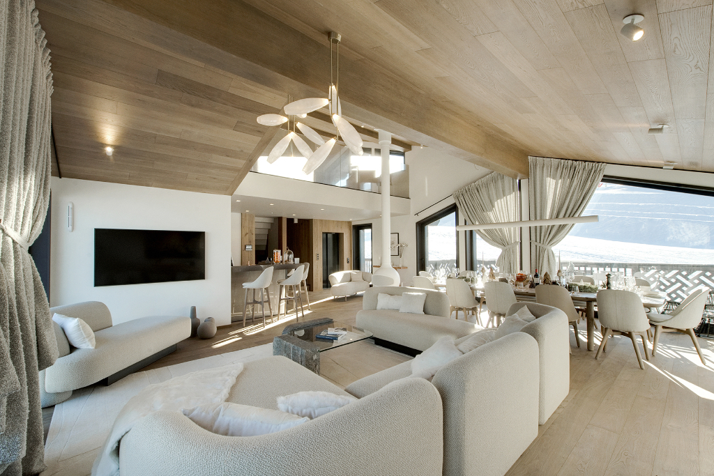 Exceptional chalet - Courchevel Moriond - 4630 sq.ft. Chalet in Courchevel