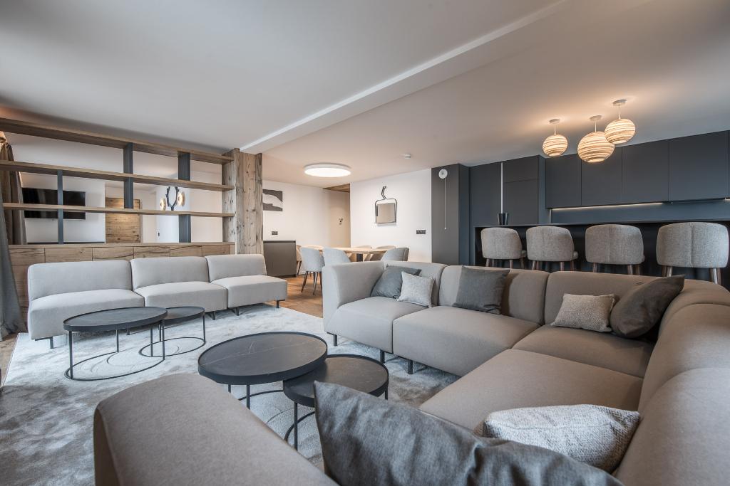 NEW GENERATION COURCHEVEL VILLAGE APARTMENT - 3 bedrooms - 114 m² Chalet in Courchevel
