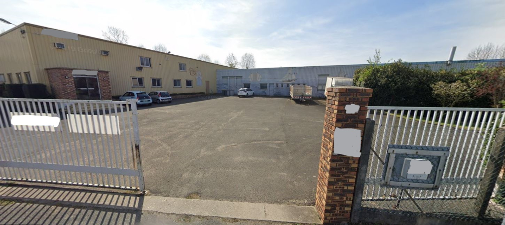 Vente Immeuble de 3000 m² - LES MUREAUX 78130   VILLAGE BLEU - AR photo3