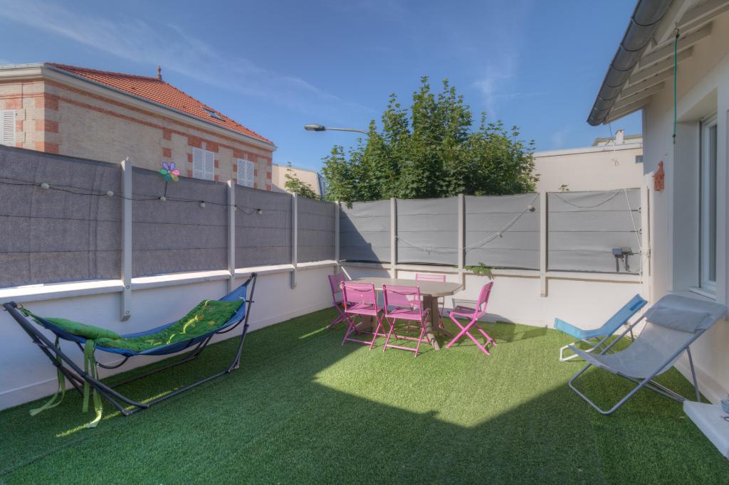 Sale house / villa Le vesinet 920000€ - Picture 2