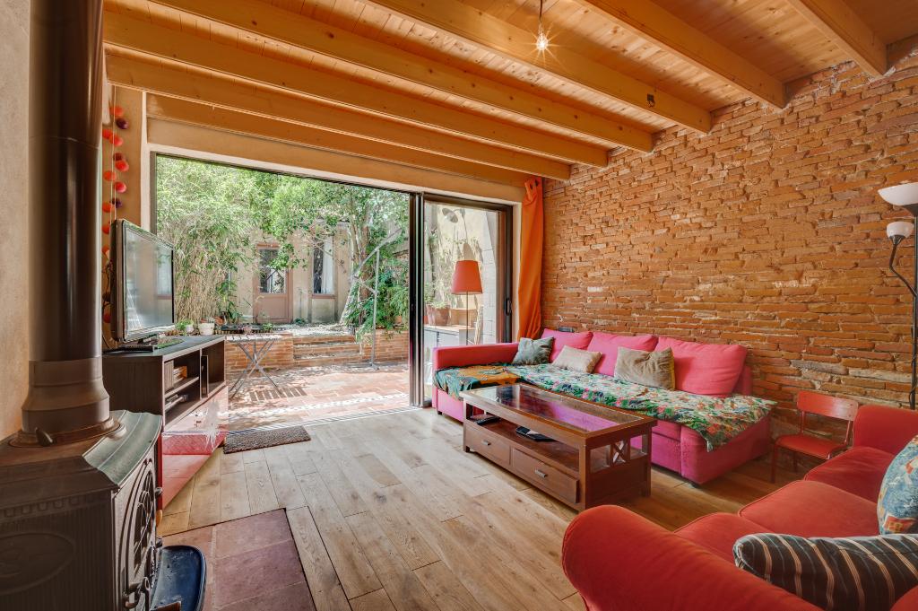 BUSCA Maison T4 de 100 m² - Jardin/Terrasse