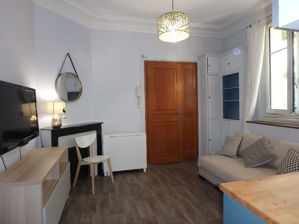 photo de 92- LA GARENNE COLOMBES 2 pièce(s) 24 m2 meublé 750cc