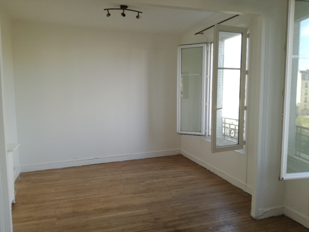 Location appartement La garenne colombes 1 300€ CC - Photo 1