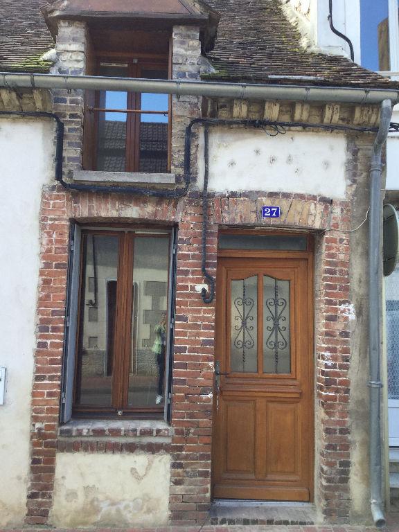 photo de Maison de ville Charny Oree De Puisaye 2 pièce(s) 39 m2