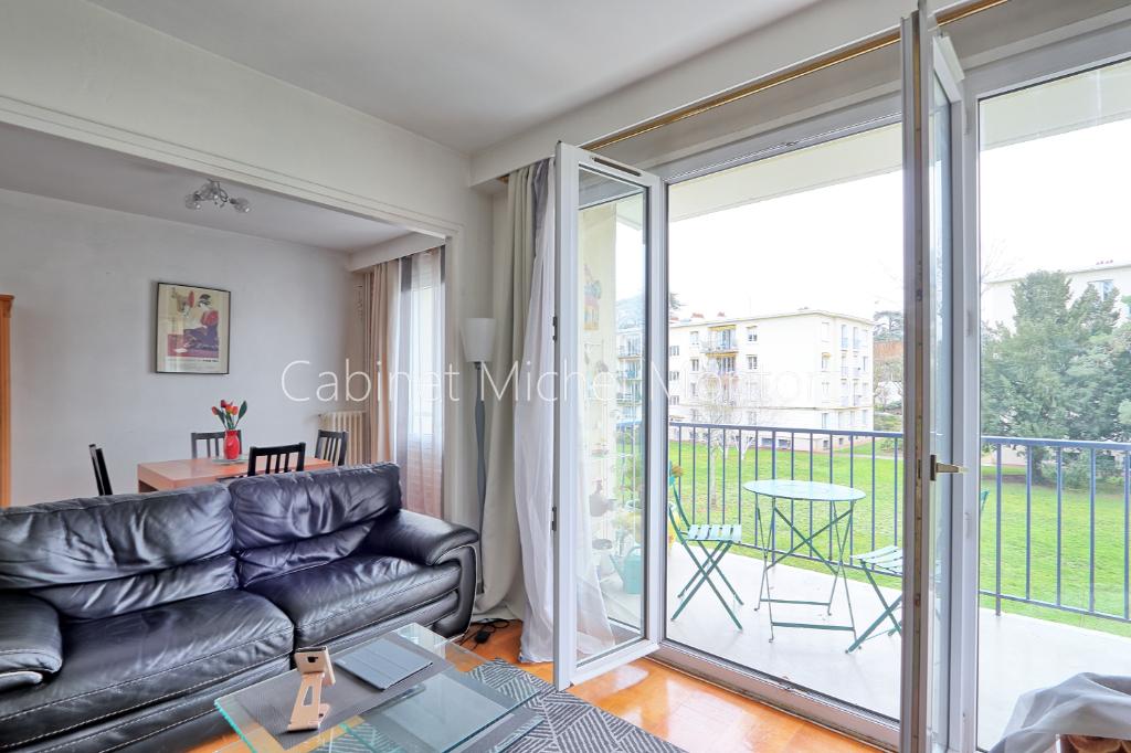 SAINT-GERMAIN-EN-LAYE, A vendre appartement 2 chambres quartier