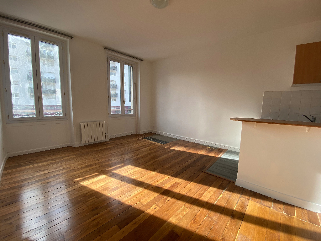 Appartement Asnieres Sur Seine 2 pièce(s) 37 m2