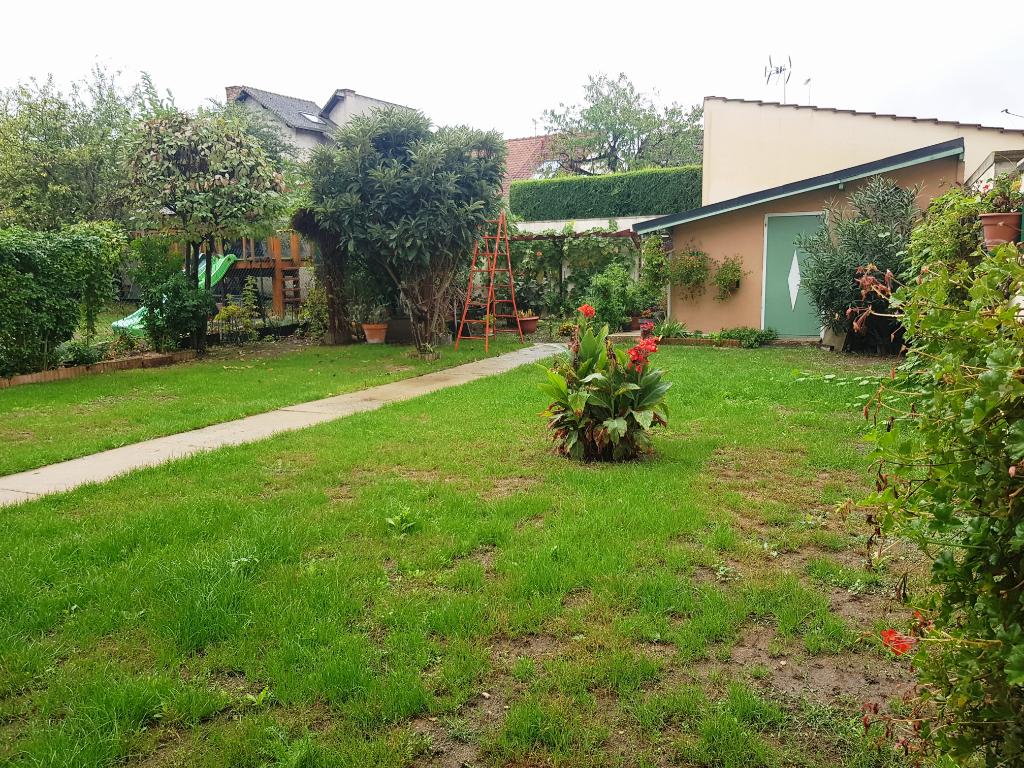 Sale house / villa Vaujours 455000€ - Picture 5