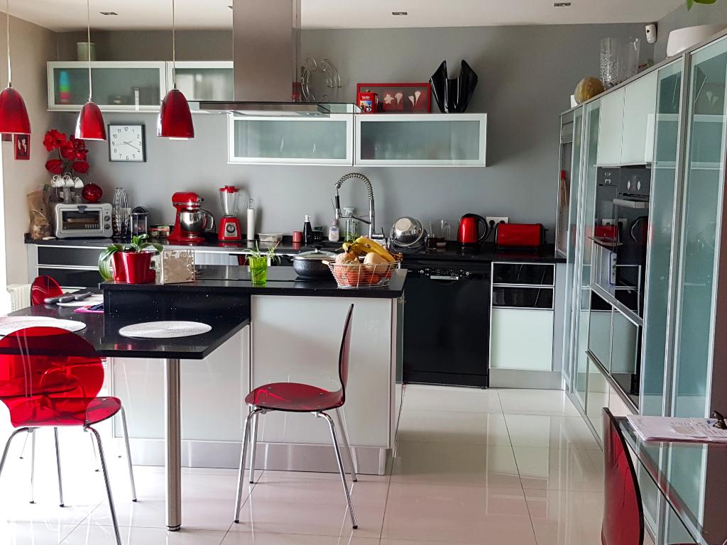Sale house / villa Livry gargan 600000€ - Picture 3