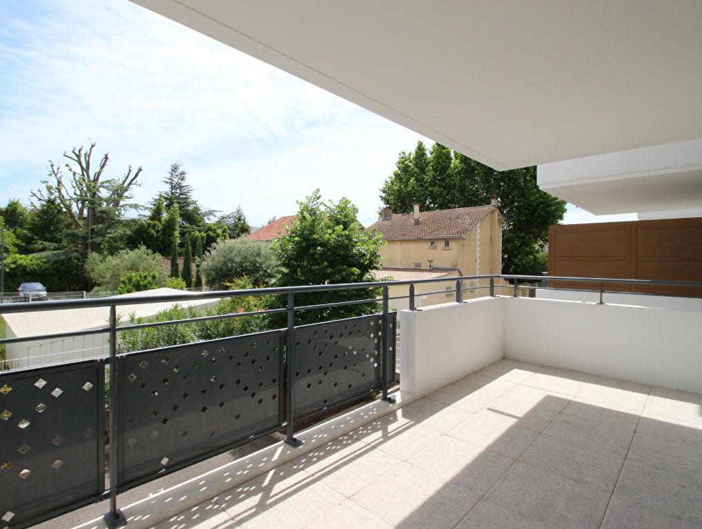 Appartement Avignon 2 pièce(s) 62.25 m2 741 Avignon (84000)