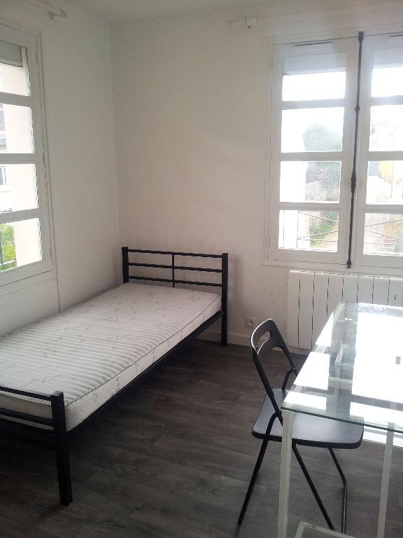 location appartement massy 91300 sur le partenaire. Black Bedroom Furniture Sets. Home Design Ideas