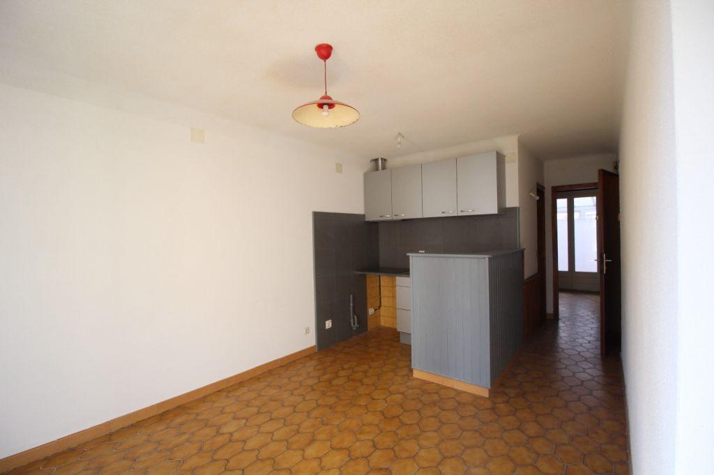 Sale apartment Port vendres 114000€ - Picture 6