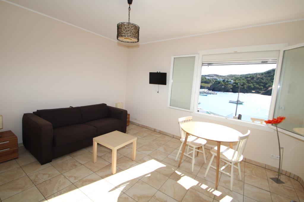 Sale house / villa Cerbere 329000€ - Picture 3