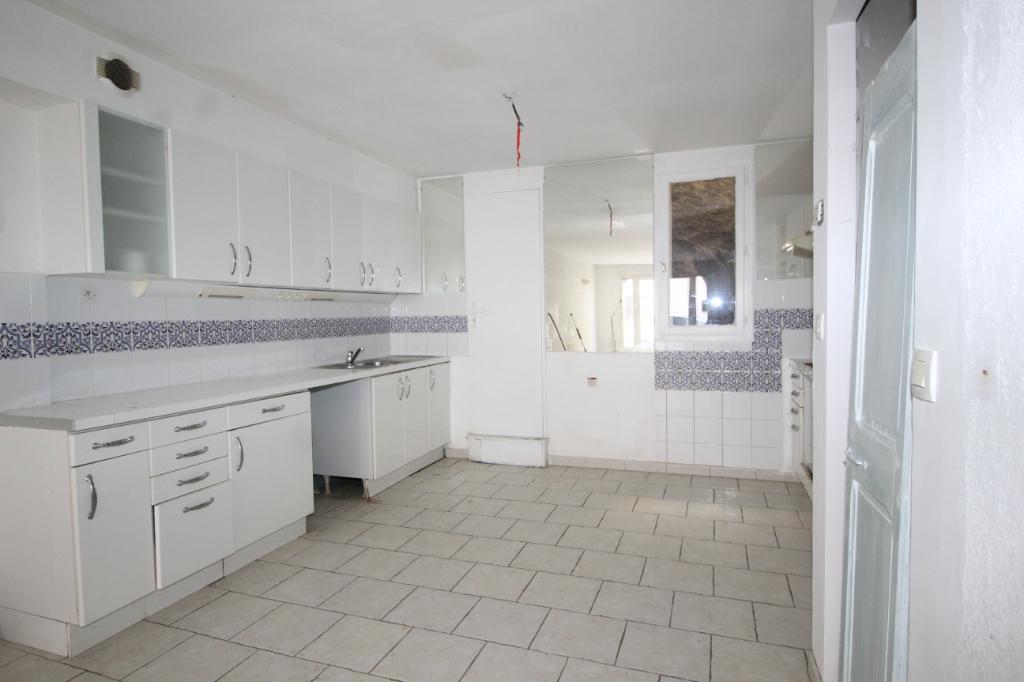 Sale house / villa Port vendres 205200€ - Picture 4
