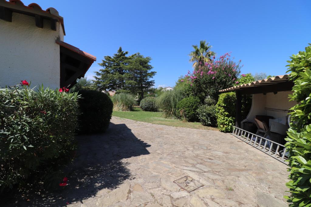 Vente maison / villa Saint genis des fontaines 331700€ - Photo 8