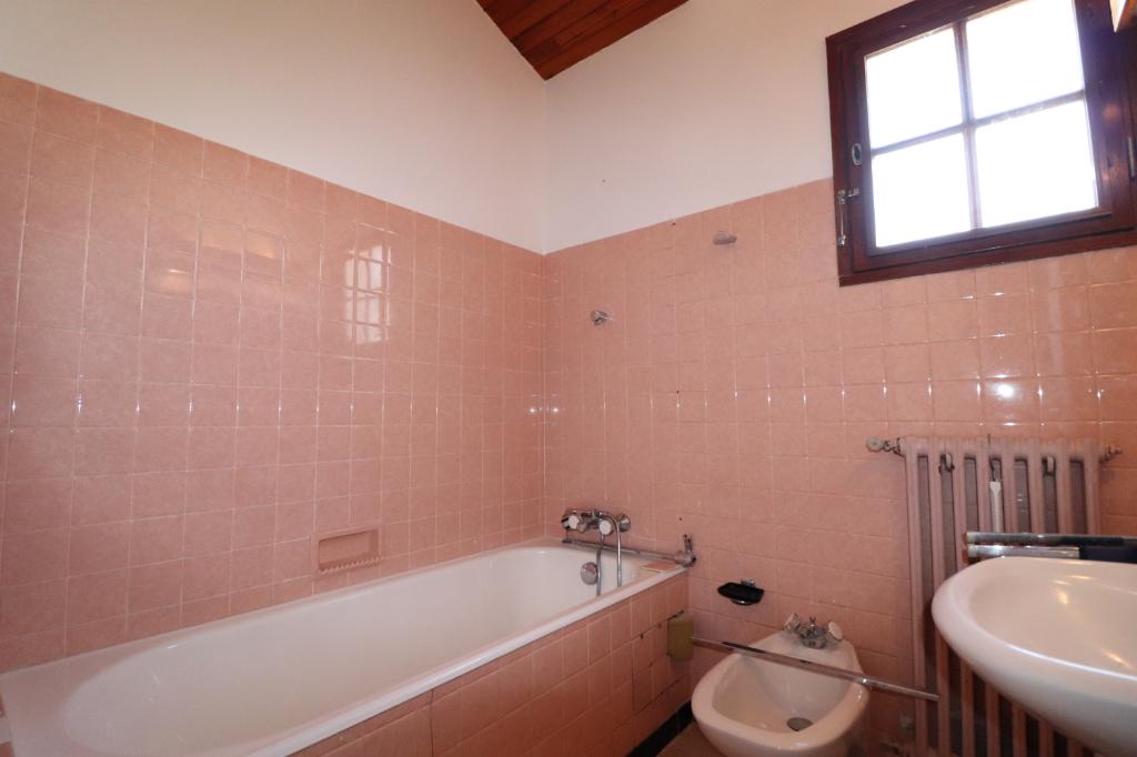 Vente maison / villa Saint genis des fontaines 331700€ - Photo 13