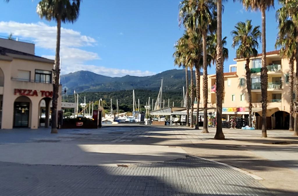 Vente fonds de commerce boutique Argeles sur mer 22500€ - Photo 1
