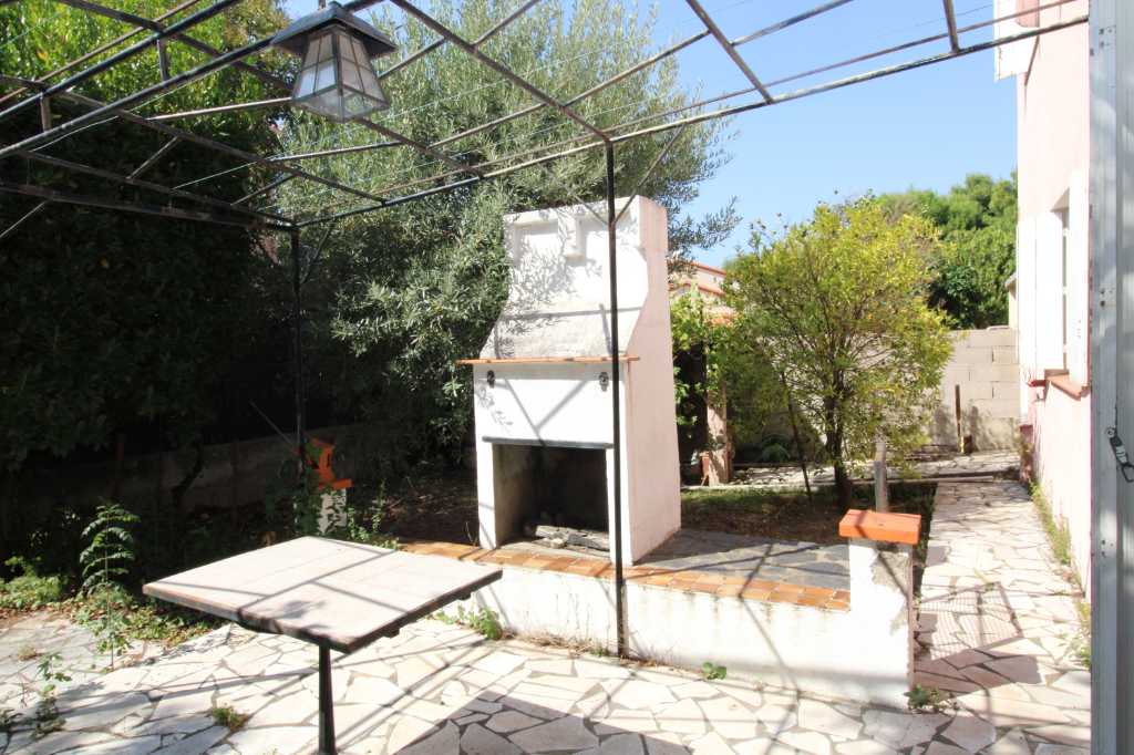 Sale house / villa Saint andré 275 000€ - Picture 1