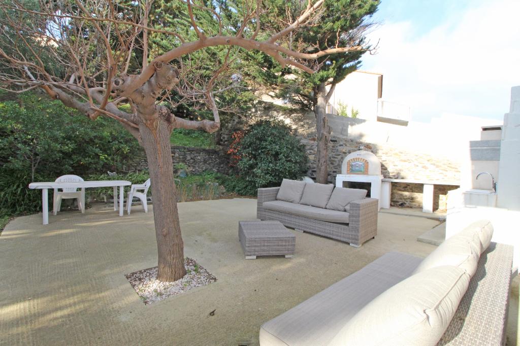 Sale house / villa Port vendres 630000€ - Picture 9