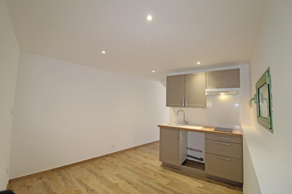 Sale apartment Collioure 97000€ - Picture 2