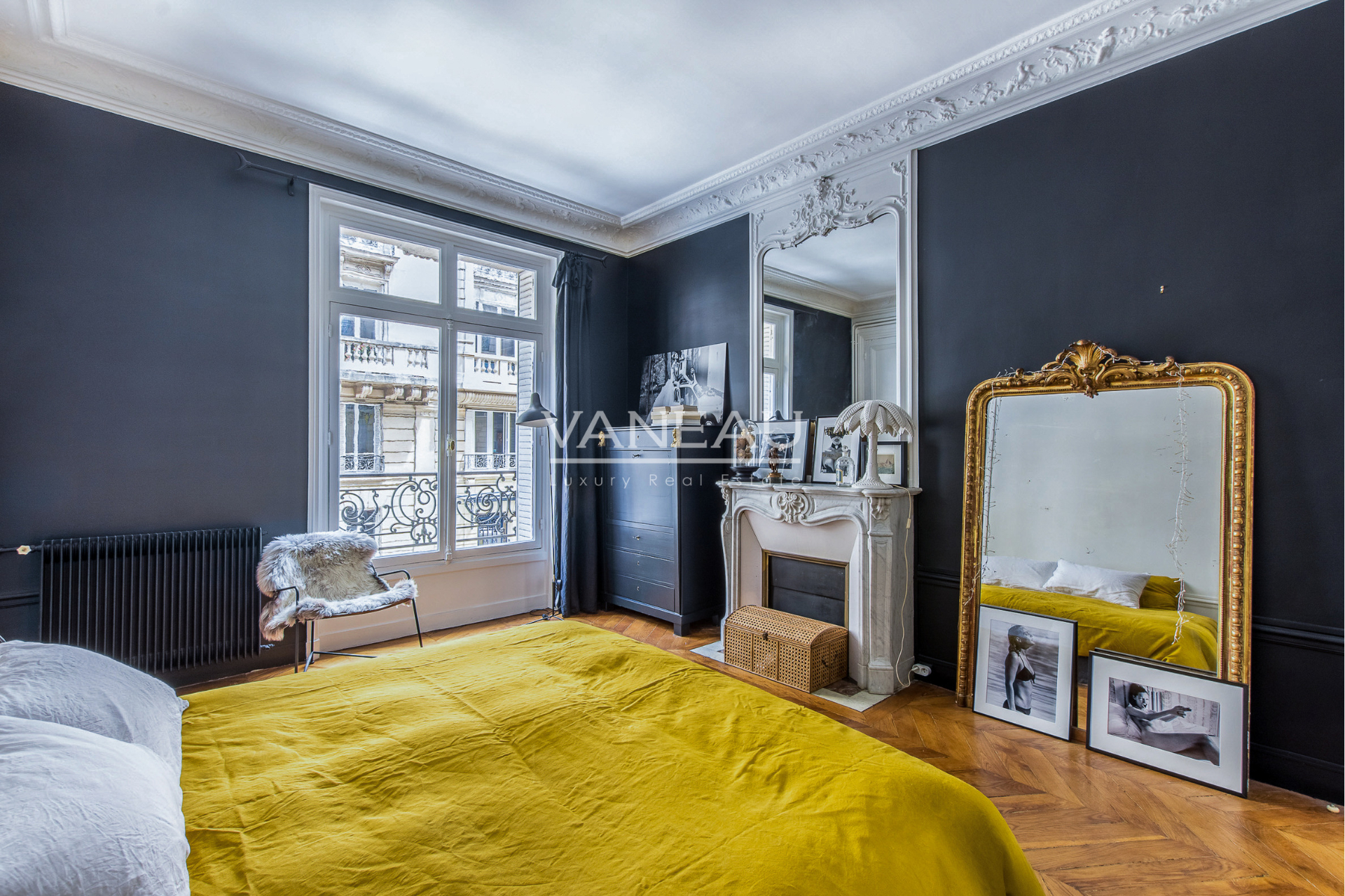Real estate Paris – France – Vaneau – 4