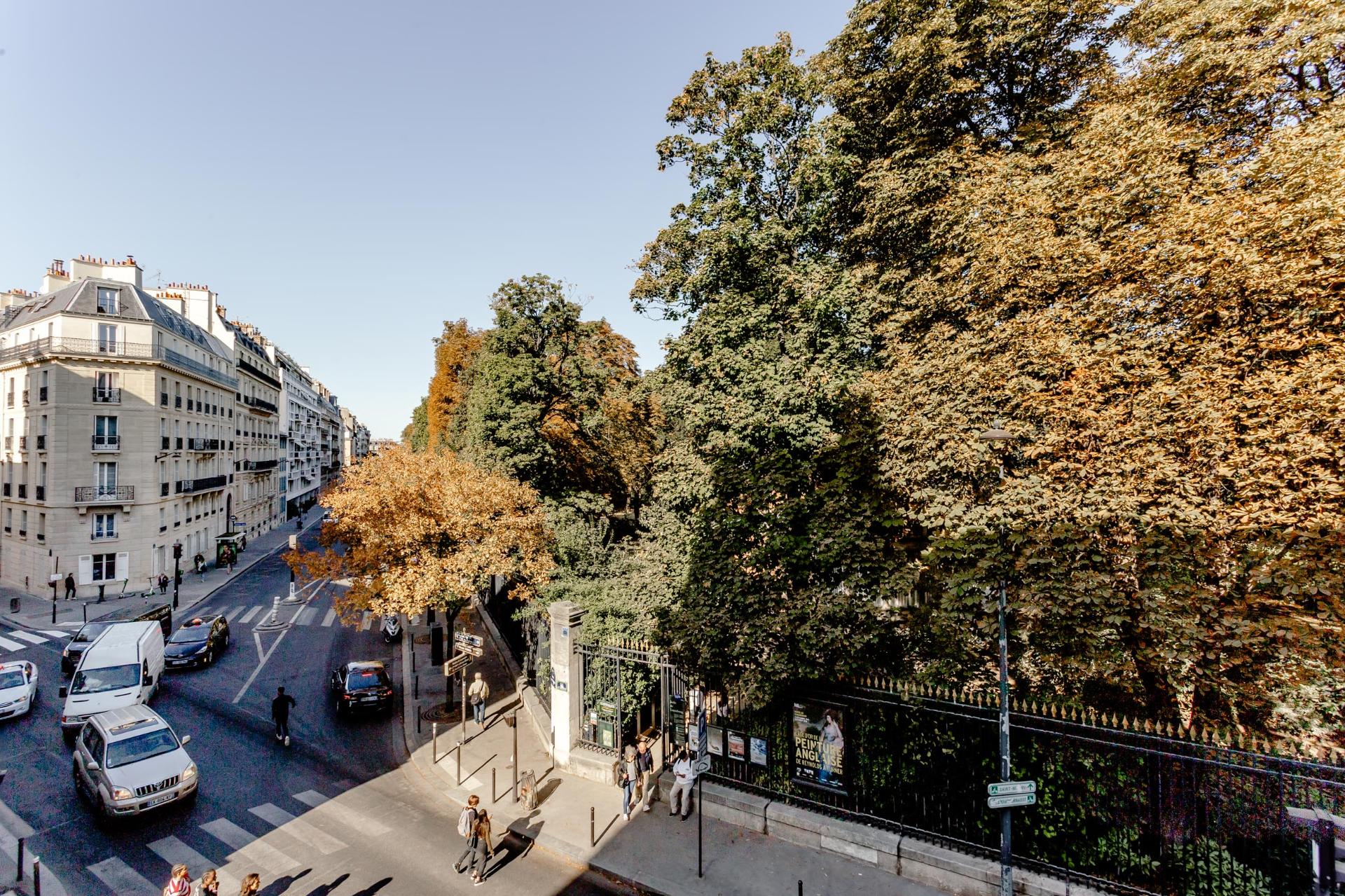 Immobilier Paris – France – Vaneau – 8