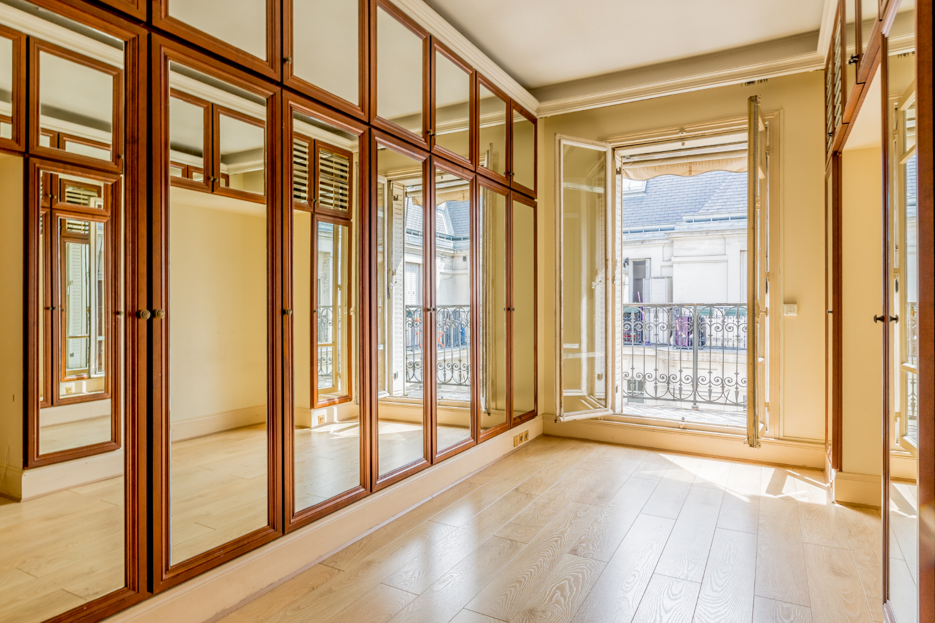 Immobilier Paris – France – Vaneau – 7