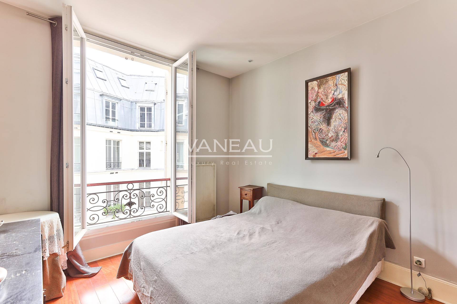Real estate Paris – France – Vaneau – 7