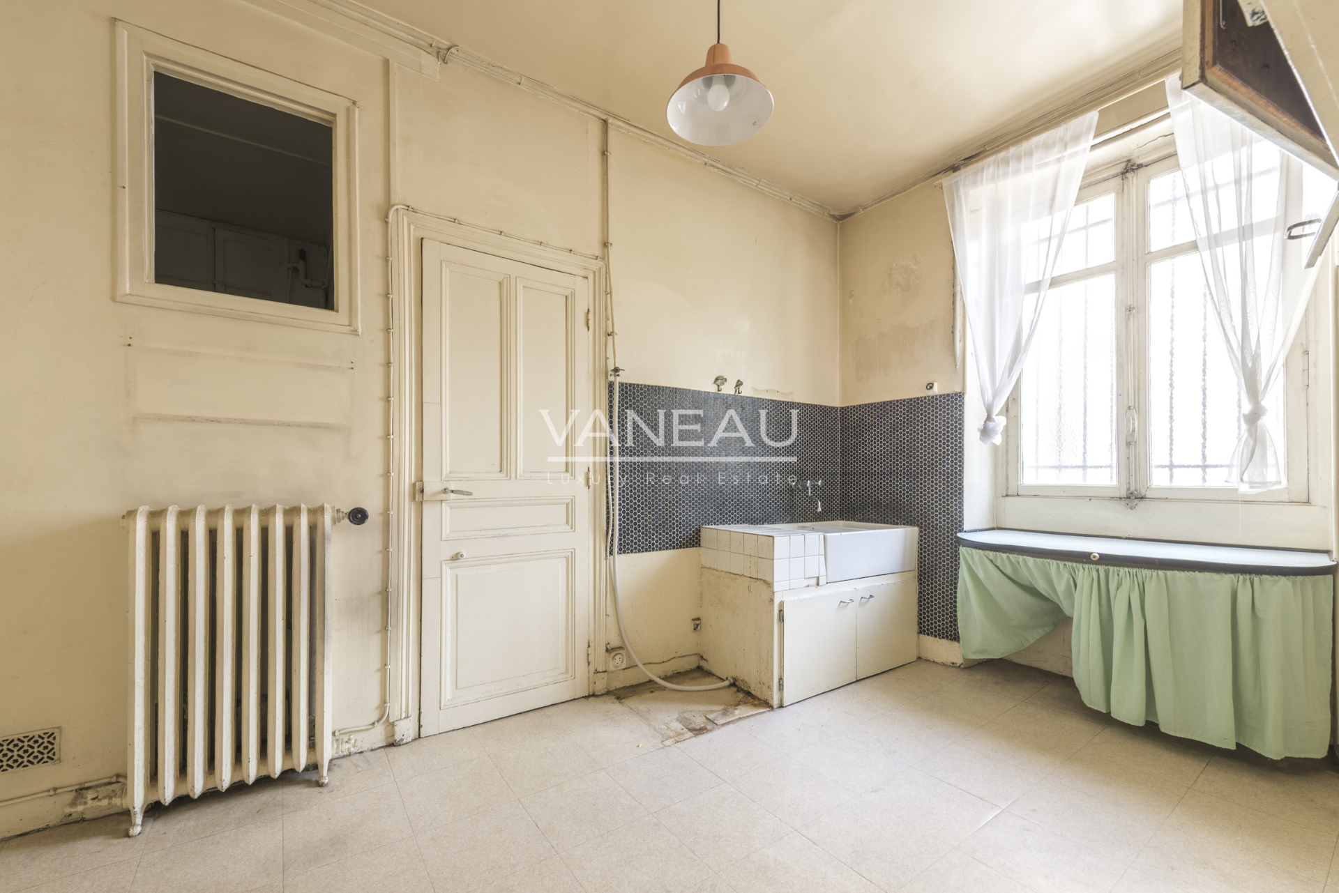 Real estate Paris – France – Vaneau – 3
