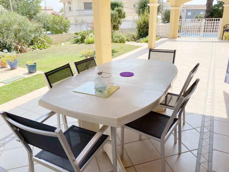 PHOTO1 - Vente maison 6 pièces avec garage, jardin et piscine à Agde .