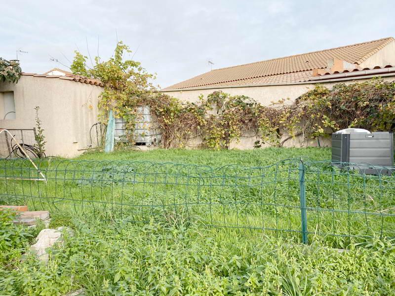PHOTO1 - Vente villa 6 pièces avec garage sur parcelle piscinable à Agde .
