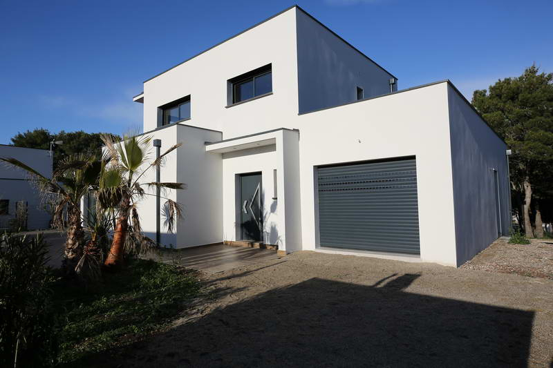 PHOTO1 - Vente villa contemporaine neuve à Agde .