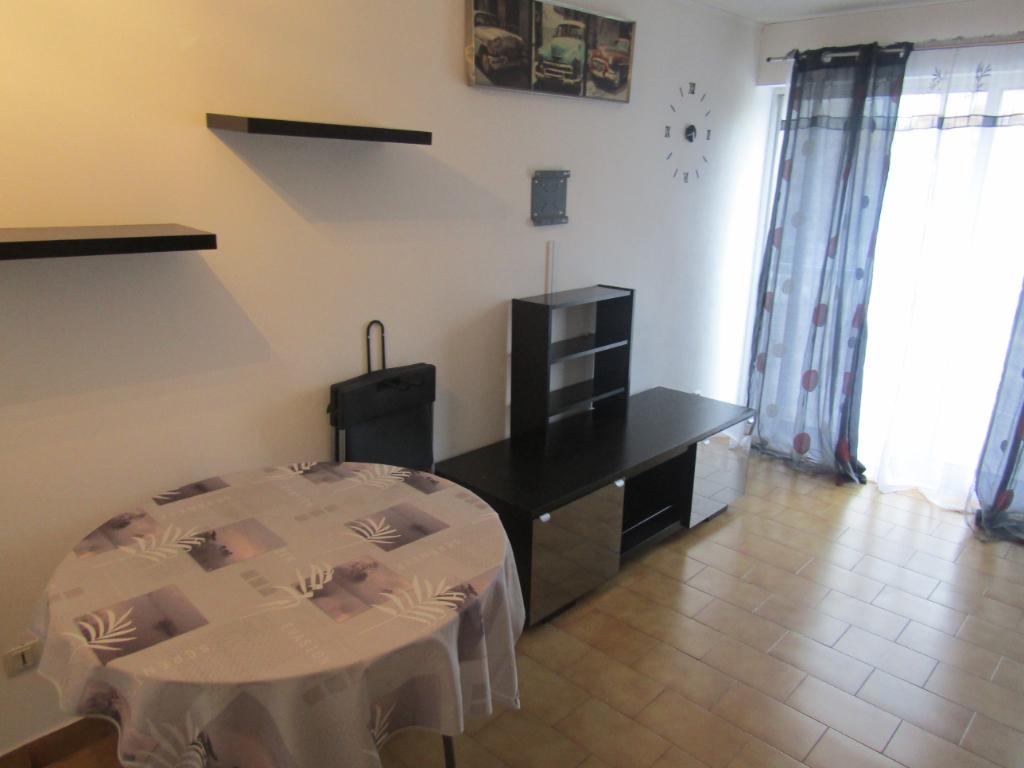 PHOTO1 - Location, studio meublé au Cap d'Agde .